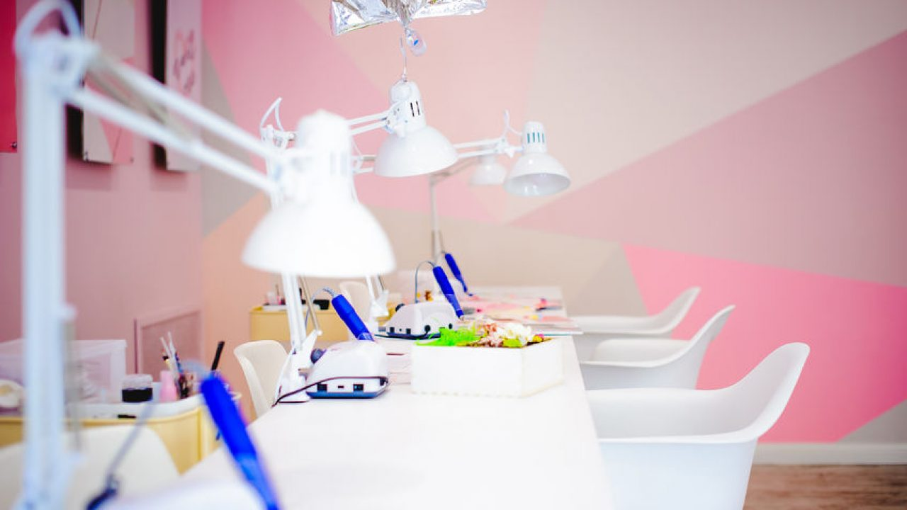 Nail Salon Design And Decorating Ideas
